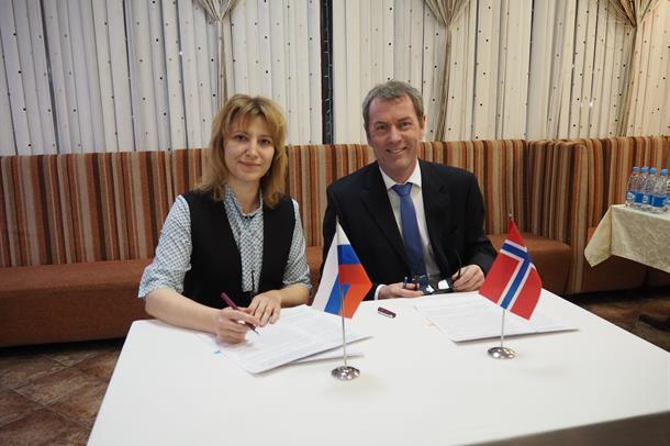 Signering av ny avtale om helsesamarbeid mellom Finnmark og Murmansk